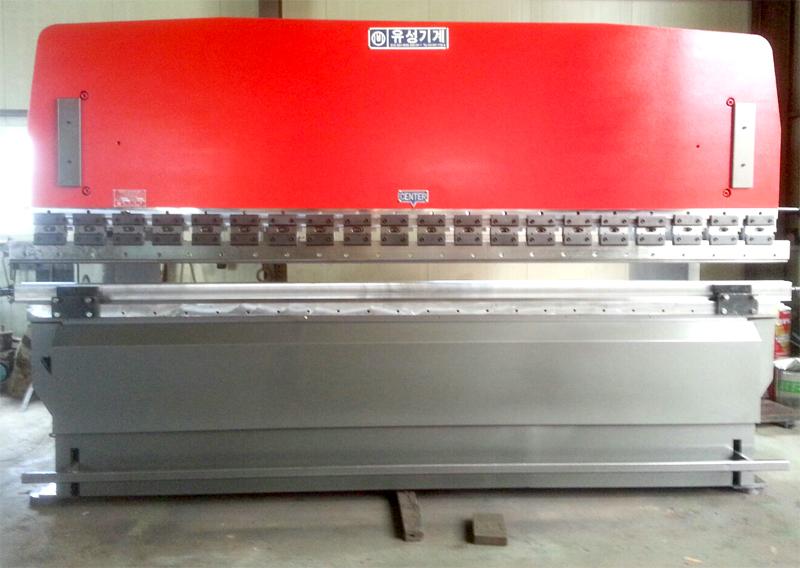 유압식 절곡기 (중고) 6T X 4000